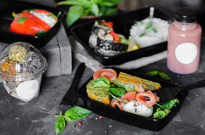Healthy food in to-go containers